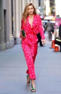 https://www.yahoo.com/entertainment/gigi-hadid-takes-pajamas-formalwear-180200537.html?guccounter=1&guce_referrer=aHR0cHM6Ly93d3cuZ29vZ2xlLmNvbS9zZWFyY2g_cT1naWdpK2hhZGlkK3B5emFtYXMmdGJtPWlzY2gmdmVkPTJhaFVLRXdpdTlLTzZxUExuQWhVaFQxQUtIZGNmRGNzUTItY0NlZ1FJQUJBQSZvcT1naWdpK2hhZGlkK3B5emFtYXMmZ3NfbD1pbWcuMy4uLjYxOS4yODU2Li4zMDYzLi4uMC4wLi4wLjM1Ni4yMjQyLjBqOWoyajEuLi4uLi4wLi4uLjEuLmd3cy13aXotaW1nLi4uLi4uLjBpNjdqMGowaTMwajBpMTkuQ0tqM0NlR01GTTQmZWk9UndSWVh1NjBFcUdld1FMWHY3VFlEQSZiaWg9NjQ1JmJpdz0xMzY2JmNsaWVudD1maXJlZm94LWItZA&guce_referrer_sig=AQAAAJQ-zelKEugc874dktLjySZG3rhsLuRWkBtOkx8B307ldMUa-lzDz1Lnt-a35W-dV1A_E4lRw2oj8Rx-46iihd8nqszCoTP3qliEmGoBYolQsxErqMQAJin2VqyKQ5sTo_1Qcbv-lPvDa7anFuc84Hpu16Tr9dKBXqRfQd8PG-hp