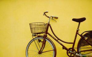 https://unsplash.com/s/photos/pretty-bicycle