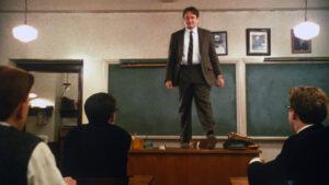 Με όποιον δάσκαλο καθίσεις…